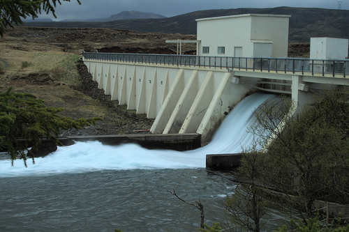 The main operator of Scottish hydro power stations says it no longer expects